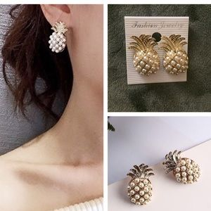💕New! Pineapple pearl earrings studs women's💕